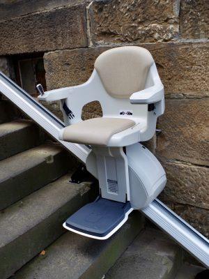 Treppenlift Sitzlift gerade Treppe, Aussenbereich